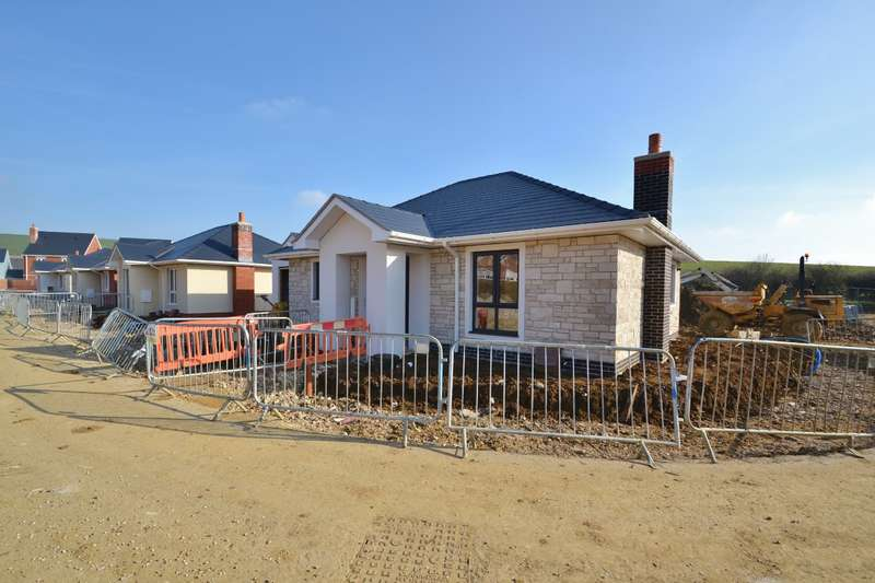 3 Bedrooms Bungalow for sale in Weymouth