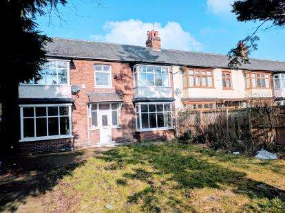 4 Bedrooms End Of Terrace House for sale in Cambridge Road, Middlesbrough, .