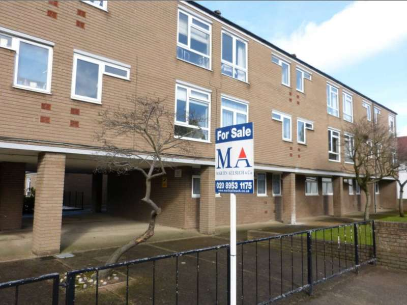 1 Bedroom Flat for sale in High Street, Borehamwood