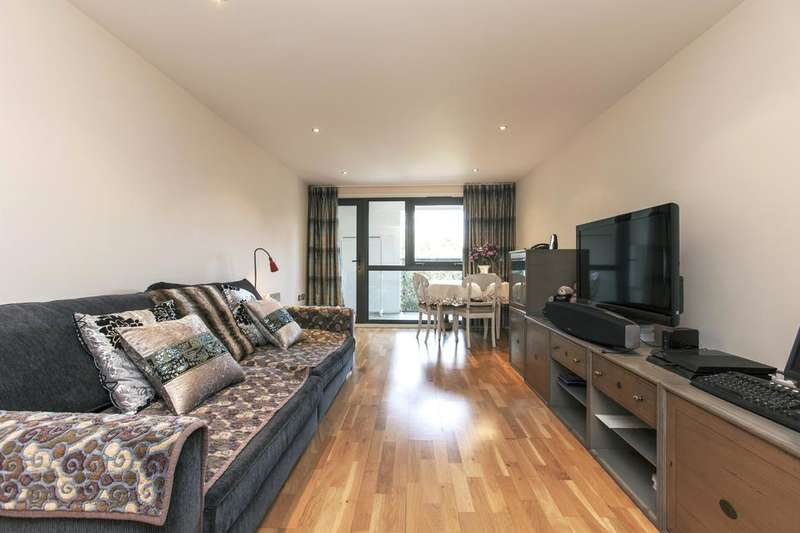 2 Bedrooms Flat for sale in Liberty House, Ensign Street, London E1
