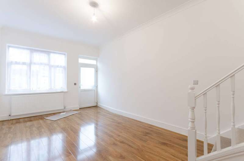 3 Bedrooms House for sale in Buxton Road, Walthamstow, E17