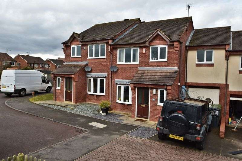 3 Bedrooms Property for sale in Button Drive, Bromsgrove