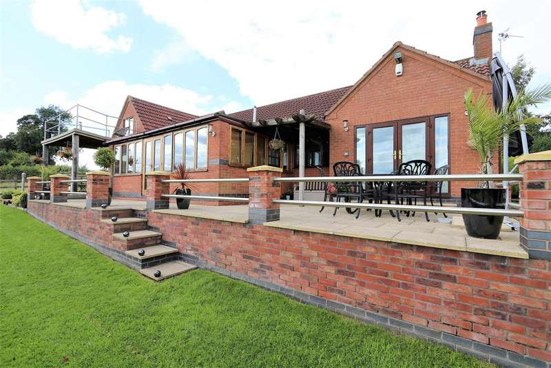4 Bedrooms Property for sale in The Rowlands, Coleorton, LE67 8GH