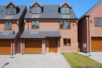 4 Bedrooms House for rent in Maple Close, Broadmeadows