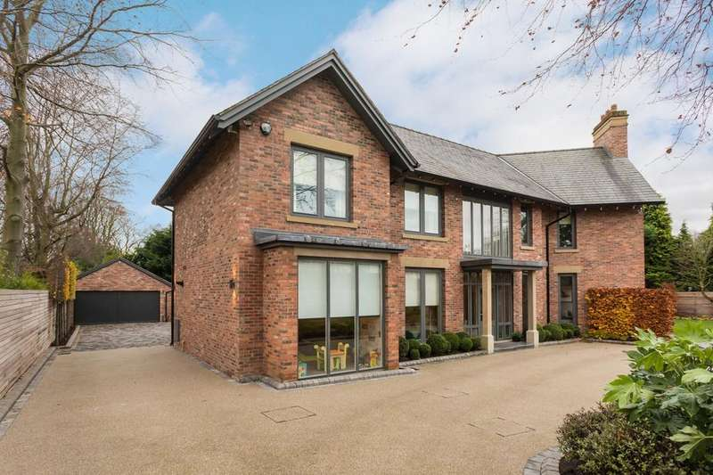 4 Bedrooms Detached House for sale in Broadway, Hale