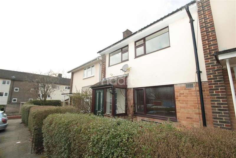 3 Bedrooms Terraced House for rent in Reynolds Close