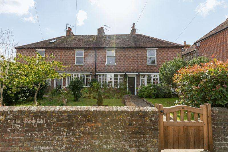 3 Bedrooms Terraced House for sale in Fishbourne Road West, Chichester