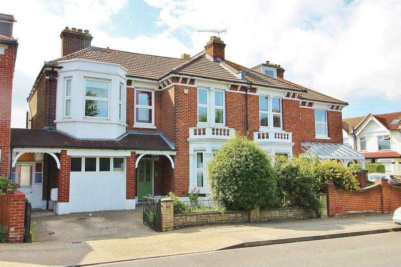 5 Bedrooms Semi Detached House for sale in Priory Crescent, Southsea