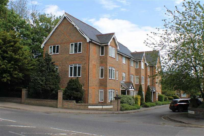 2 Bedrooms Flat for sale in Latium Close, St Albans, Hertfordshire