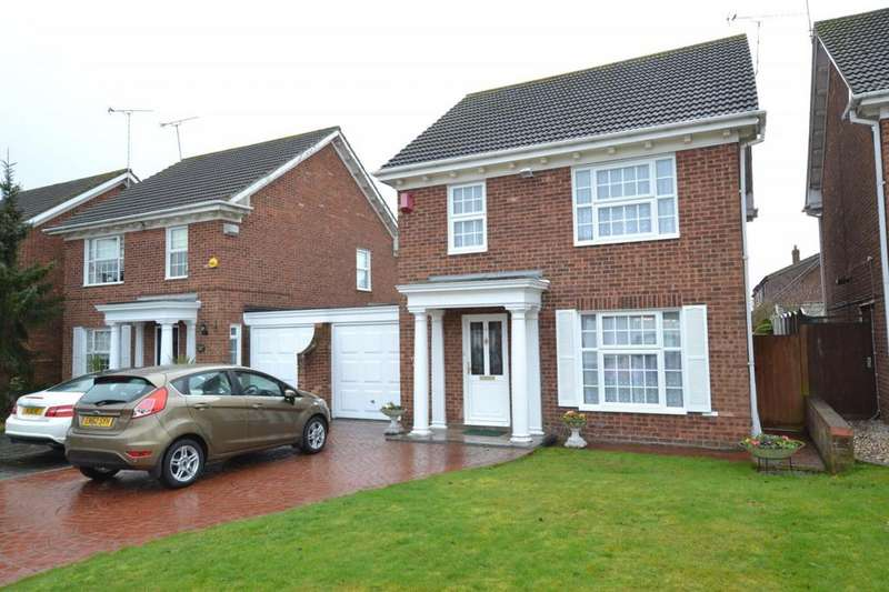 3 Bedrooms Link Detached House for sale in Latimer Drive, Steeple View, Basildon, Essex, SS15