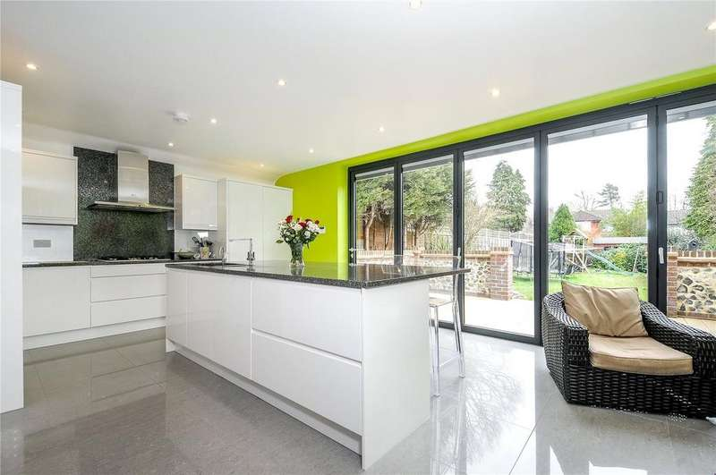 4 Bedrooms Detached House for rent in Crescent Road, Reigate, Surrey, RH2