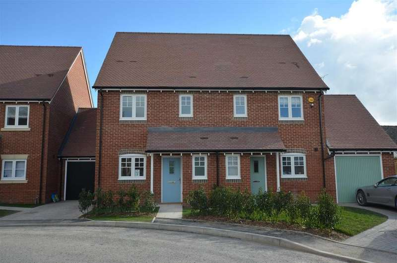3 Bedrooms House for sale in Crown Gardens, Wilcot Road, Pewsey