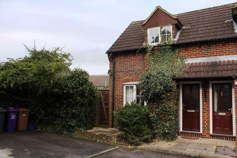 1 Bedroom End Of Terrace House for sale in Page Close, Baldock, SG7