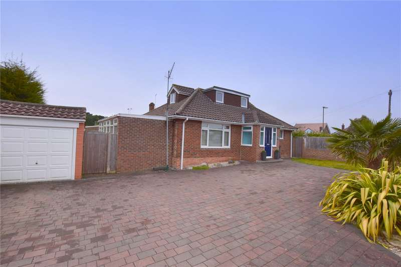 4 Bedrooms Detached House for sale in St Marks Crescent, Sompting, West Sussex, BN15