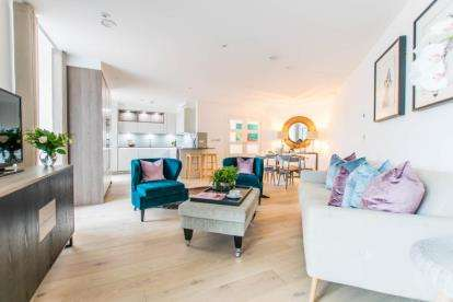 2 Bedrooms Flat for sale in Lower Street, Stansted