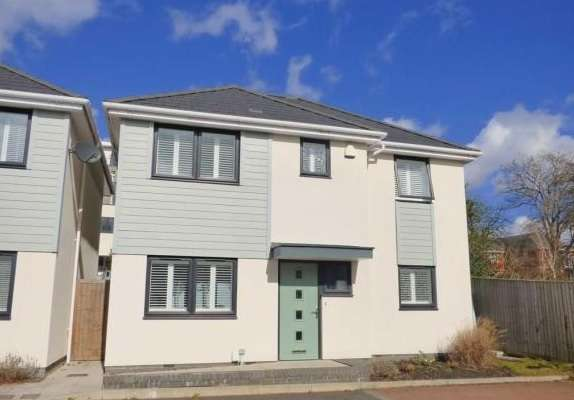3 Bedrooms Detached House for sale in The Cuttings, Lower Parkstone, Poole