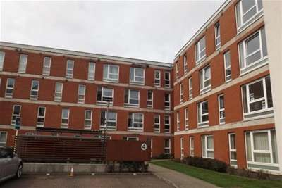 2 Bedrooms Flat for rent in Hanson Park, Dennistoun, G31