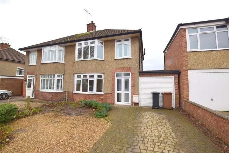 3 Bedrooms Semi Detached House for rent in Adelaide Road, Ipswich