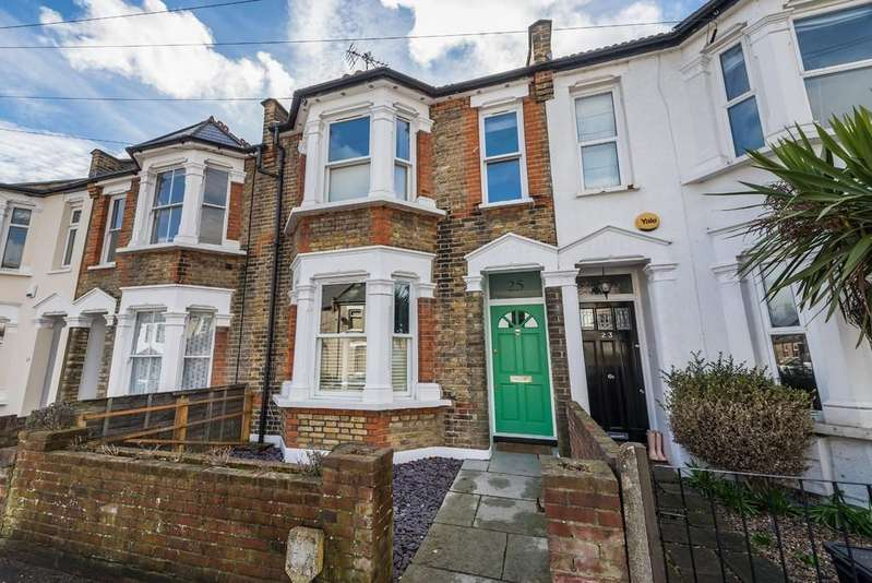 4 Bedrooms Terraced House for sale in Albert Road, South Woodford