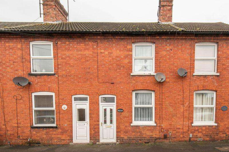 2 Bedrooms Terraced House for sale in Roberts Street, Rushden