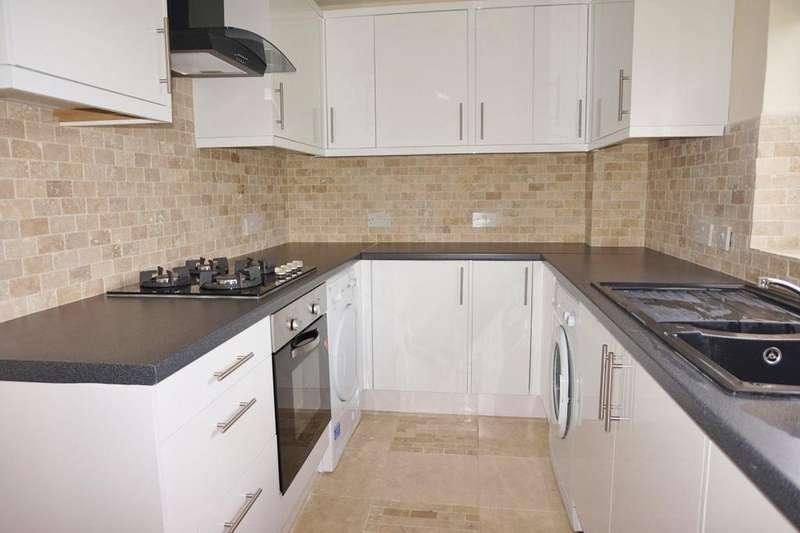 2 Bedrooms Maisonette Flat for rent in Buckhurst Hill