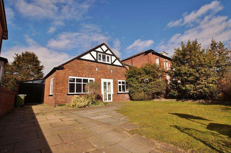 3 Bedrooms Bungalow for sale in St Pauls Street, Southport
