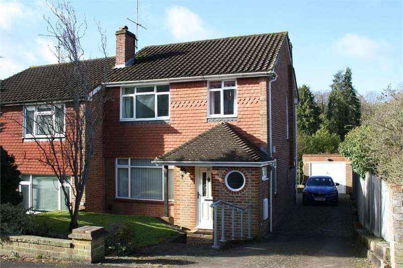 3 Bedrooms Semi Detached House for sale in Rowhill Avenue, ALDERSHOT, Hampshire