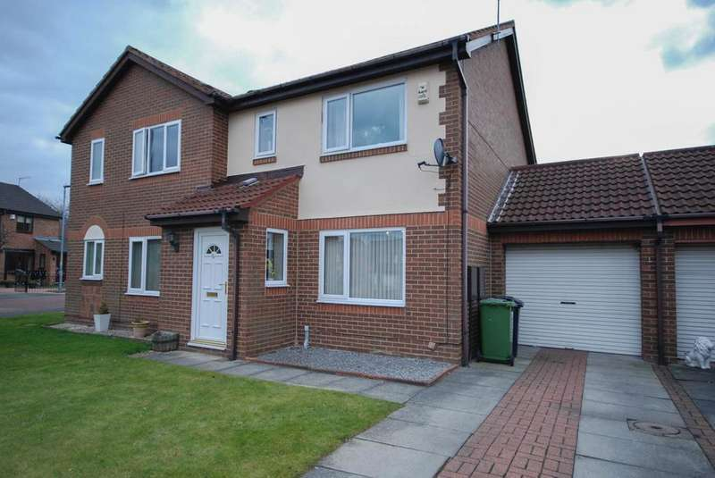 3 Bedrooms Semi Detached House for sale in Camberwell Close, Festival Park