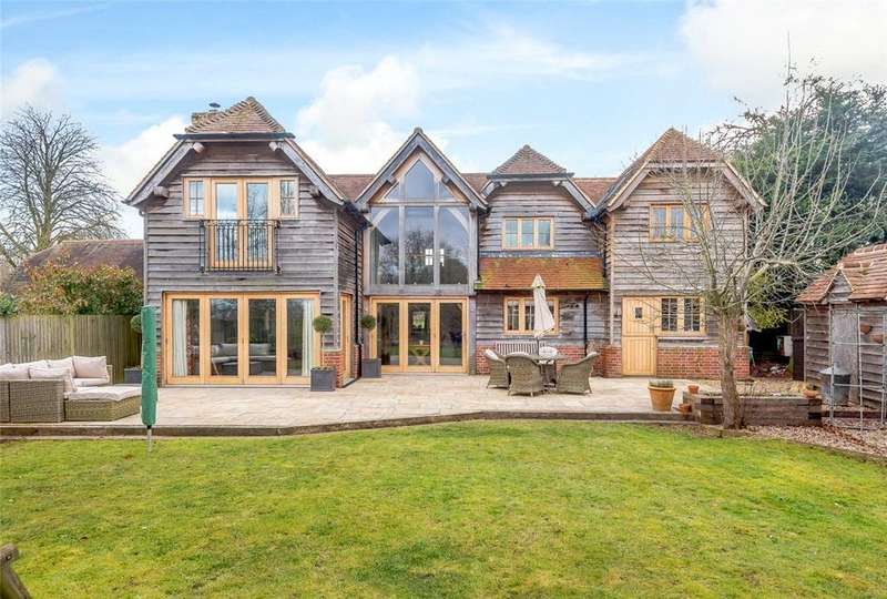 5 Bedrooms Detached House for sale in Milkingpen Lane, Old Basing, Basingstoke, Hampshire, RG24