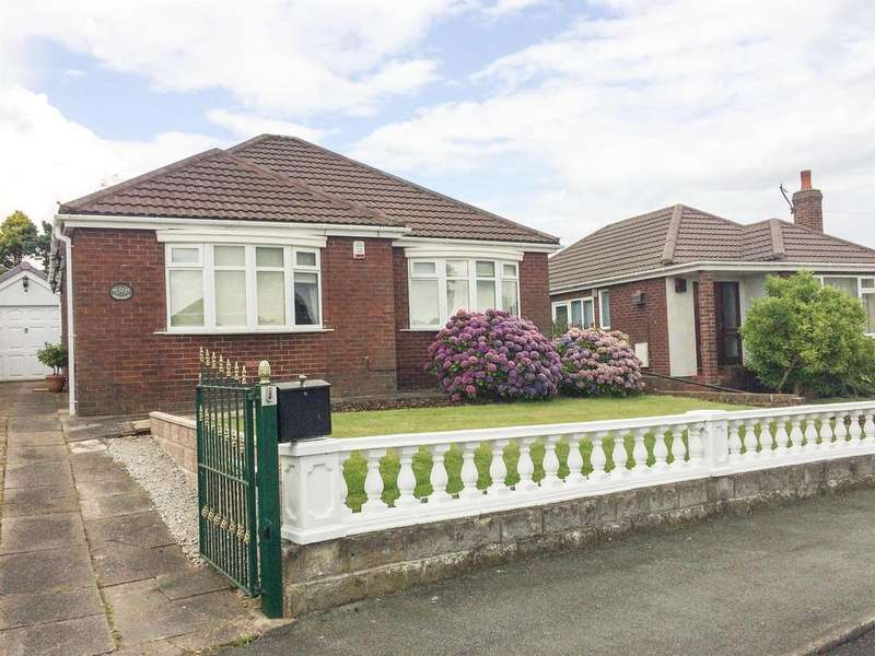 2 Bedrooms Bungalow for rent in Overland Drive, Brown Edge, Stoke-on-Trent, ST6 8RF