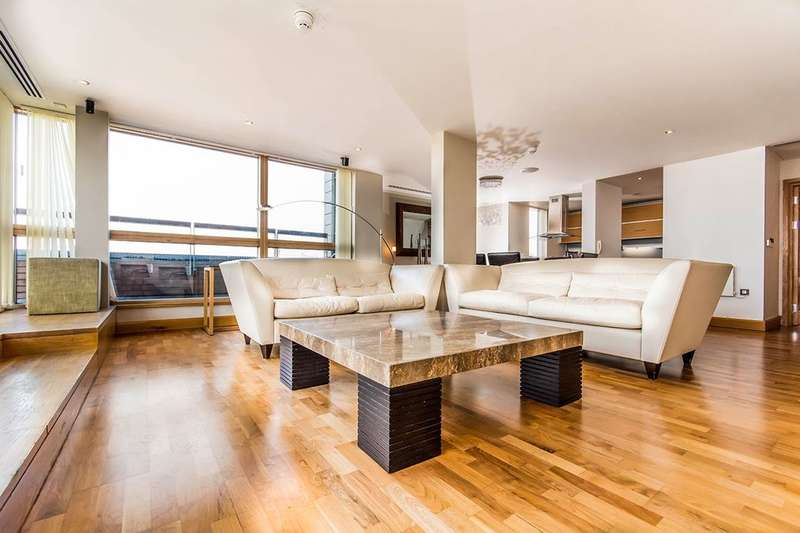 2 Bedrooms Flat for sale in Whitworth Street West, Manchester, M1