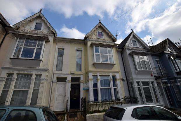 5 Bedrooms Terraced House for sale in Bedford Park, Plymouth, Devon