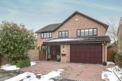 5 Bedrooms Detached House for sale in Willow Court, Bangor-On-Dee, Wrexham, Wrecsam, LL13
