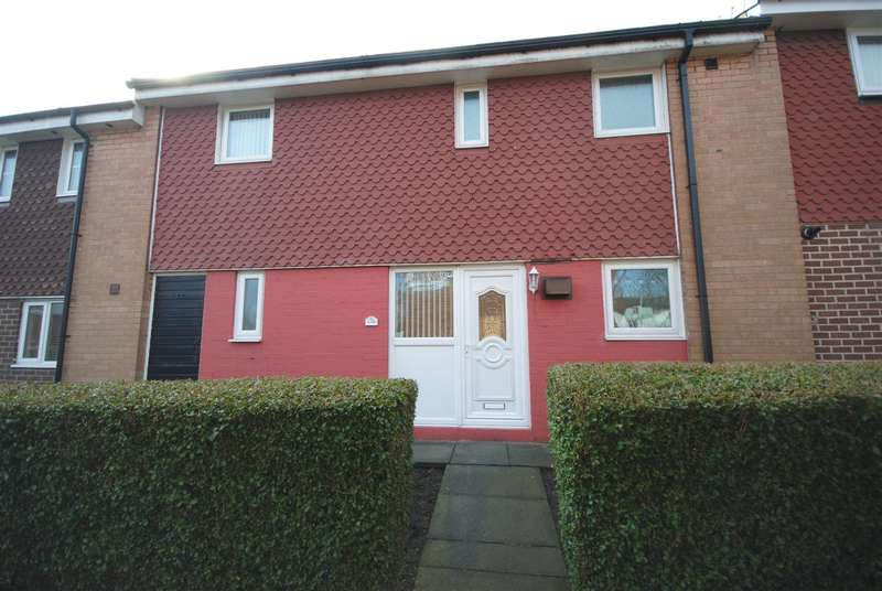3 Bedrooms Town House for sale in Falkirk Grove, Kitt Green, Wigan