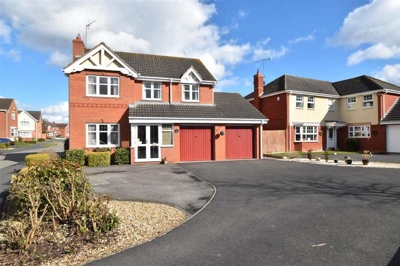 4 Bedrooms Detached House for sale in Swan Drive, Droitwich Spa