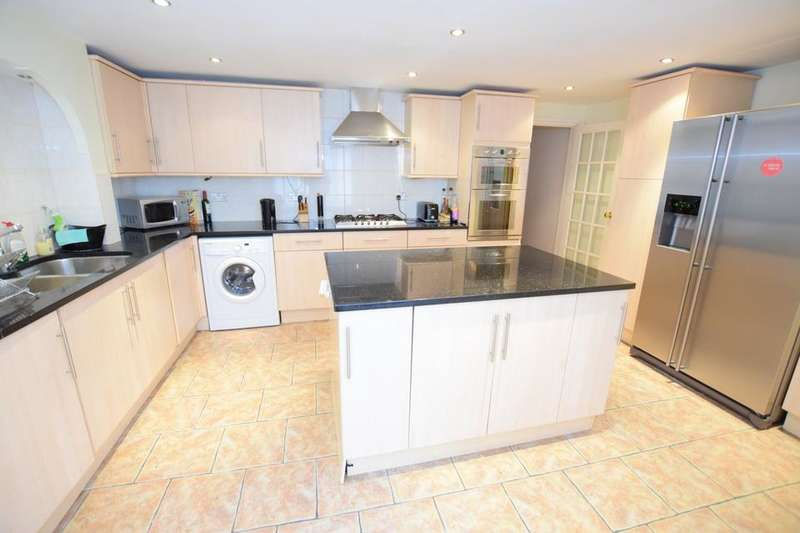 4 Bedrooms Terraced House for rent in Faunce Street, London SE17