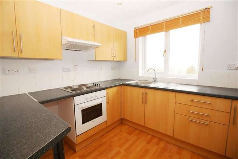 2 Bedrooms Flat for sale in Broad Lane, Bramley , LS13