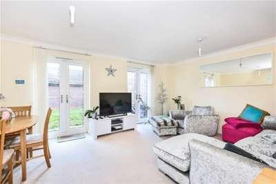 4 Bedrooms Link Detached House for rent in Wharf Way, Hunton Bridge, WD4