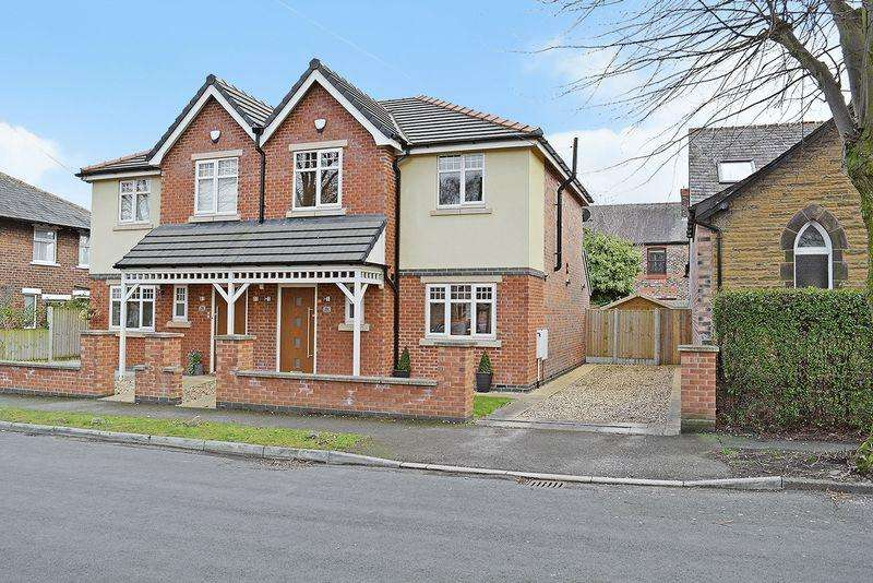 3 Bedrooms Semi Detached House for sale in Barton Avenue, Grappenhall, Warrington