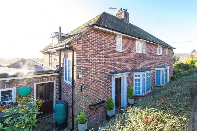 3 Bedrooms Semi Detached House for sale in St Michaels Terrace, Lewes