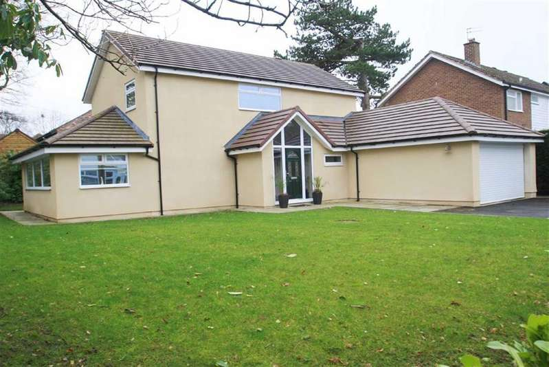 3 Bedrooms Detached House for sale in Oak Lea Avenue, Fulshaw Park, Wilmslow