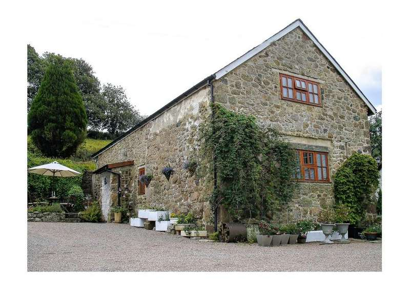 3 Bedrooms Barn Conversion Character Property for rent in Doccombe, Nr Exeter