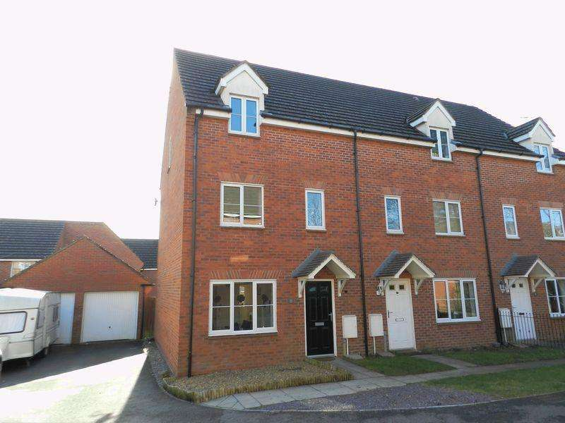 3 Bedrooms Terraced House for sale in Bryn Dryslwyn Broadlands Bridgend CF31 5BT