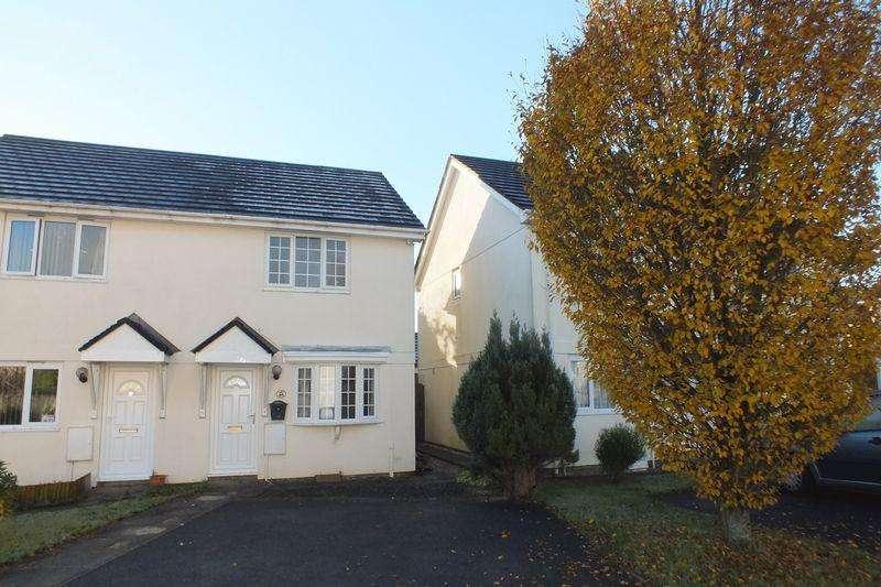 2 Bedrooms Semi Detached House for rent in Vixen Tor Close, Okehampton