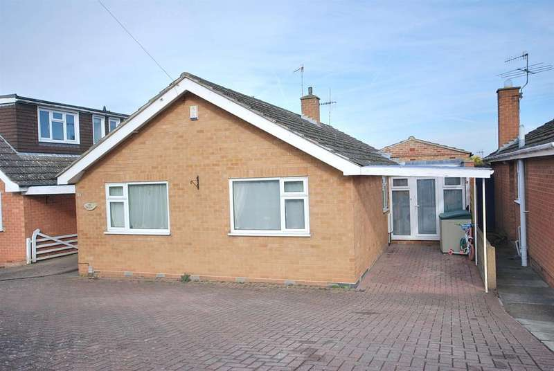 4 Bedrooms Detached Bungalow for sale in Blakeney Road, Radcliffe-On-Trent, Nottingham