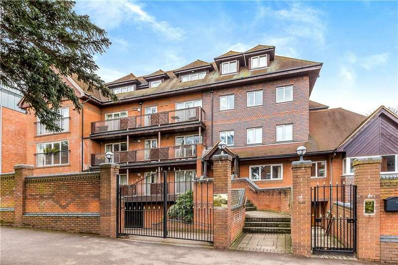 2 Bedrooms Flat for sale in Aspen Lodge, 61 Wimbledon Hill Road, London, SW19