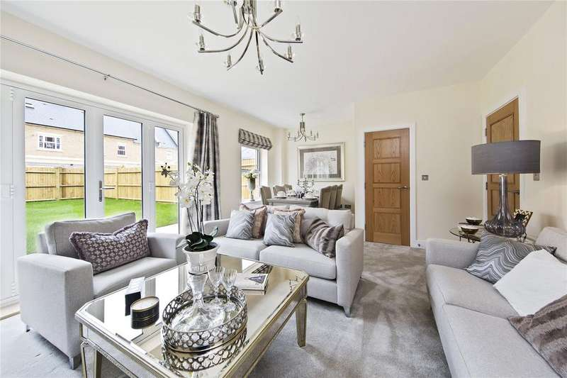 3 Bedrooms House for sale in Park Avenue, The Avenue, TW16