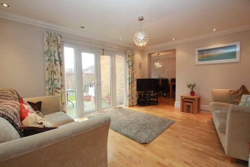 2 Bedrooms End Of Terrace House for sale in Willow Crescent, Worthing