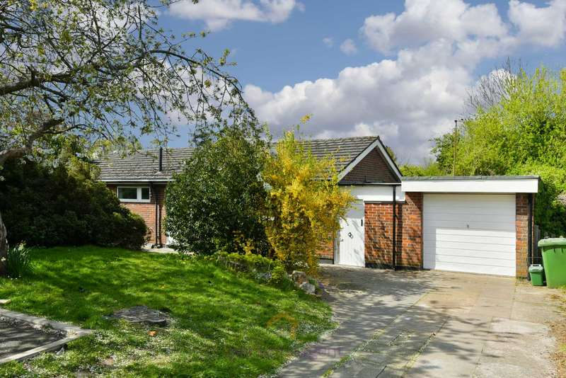 3 Bedrooms Bungalow for rent in Wallace Fields, Epsom