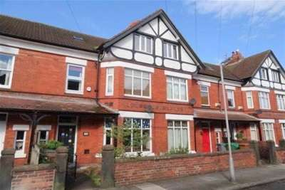 5 Bedrooms Terraced House for rent in Brookfield Road, West Kirby